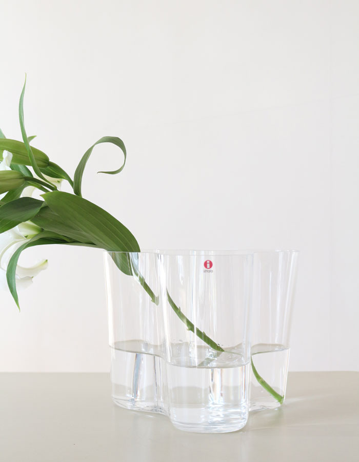 iittala) alvar aalto collection vase