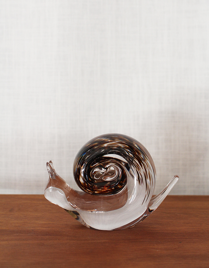wedgwood) glass snail paperweight