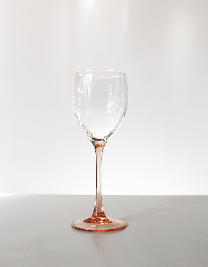 vintage) luminarc rose by chris d'arques wine glass
