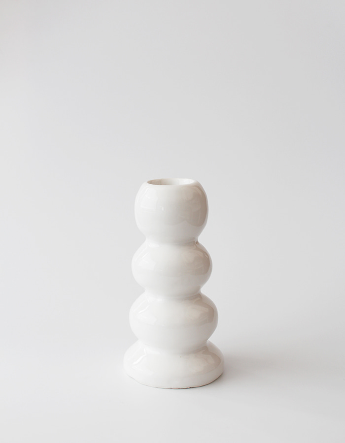 east smoke) white ball vase