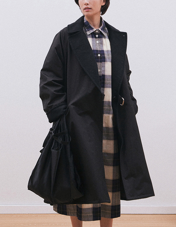 softur) REVERSIBLE RAGLAN COAT(black)