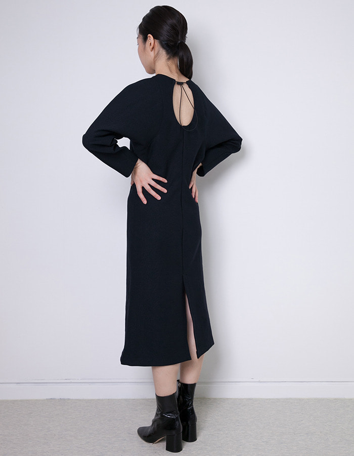 halominium) Back string dress - navy