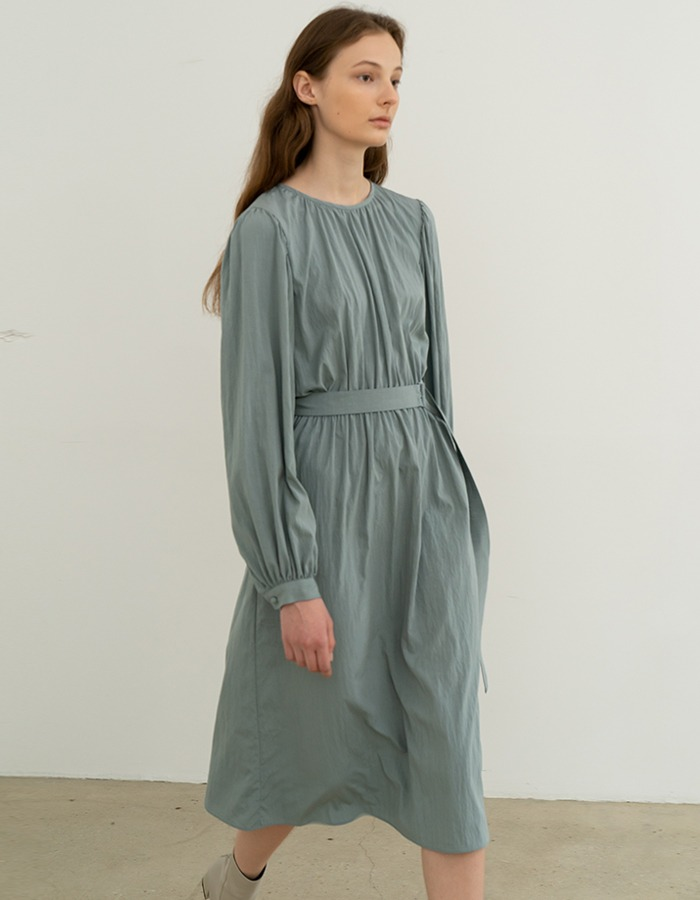 RE RHEE) CUFF SLEEVES BELTED MIDI DRESS