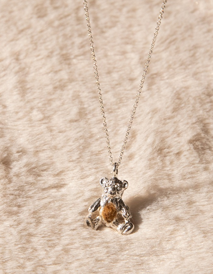 ae) Baby Bear necklace